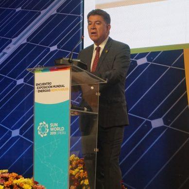 Adopción de energías limpias reducirá dependencia a combustibles fósiles: RR.EE.