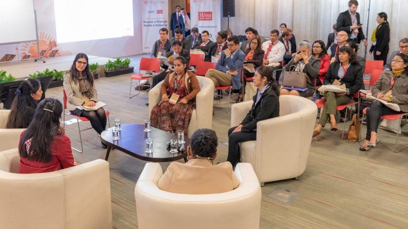 Segundo día de la IV Semana de la Energía recibió a mujeres líderes de comunidades