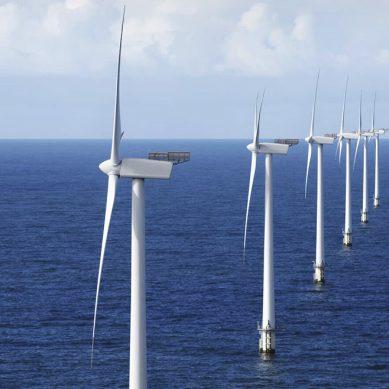 Gigantescos parques eólicos marinos serán reforzados con los convertidos Light de ABB