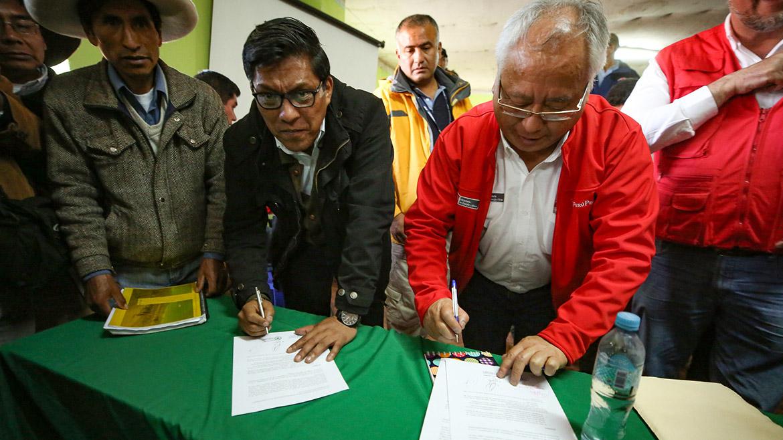 Antapaccay: Tras más de cinco horas, acuerdan trabajar en implementación de un fondo de emergencia social
