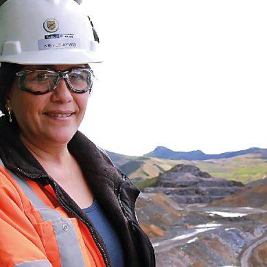 Dudaron de mi capacidad, y ahora tengo 22 años en la minería: Nieves Ayvar, de Gold Fields