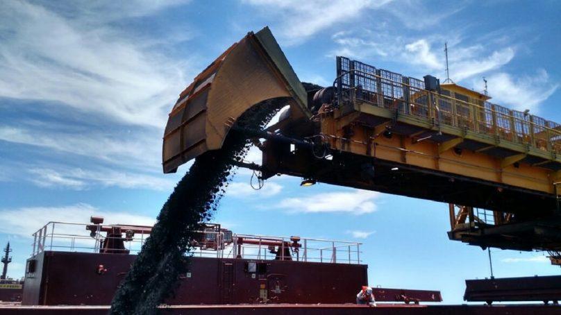 SNMPE: Menores precios del metal afectaron a exportaciones mineras de cobre y oro