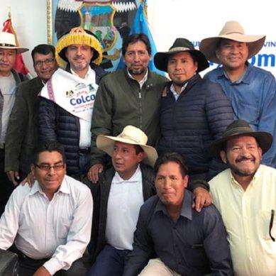 Buenaventura y Bateas, junto con autoridades, impulsarán agricultura y ganadería en Caylloma