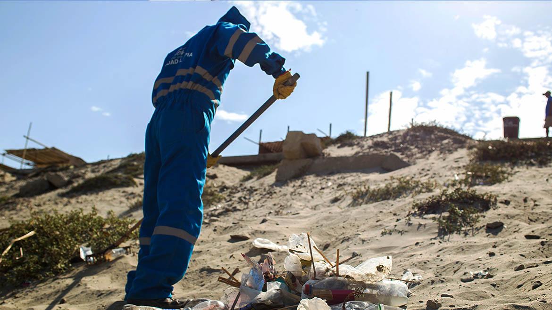 Petroperú comenzará campaña de limpieza de ruta turística y playas de Talara