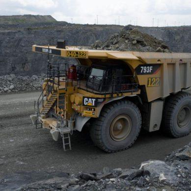 Director de Operaciones de Newmont: «Compraremos 29 camiones autónomos CAT 793F»