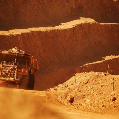 Confirman dos casos de Covid-19 en Escondida, la mina de cobre más grande del mundo